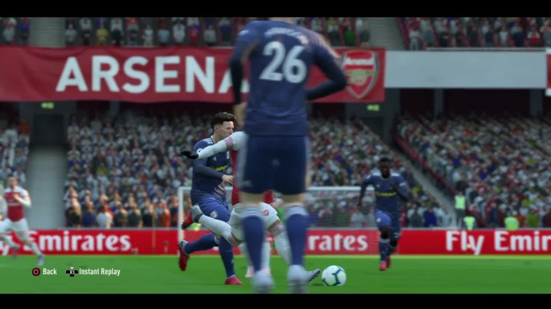 Fifa19 Timed finesse shot