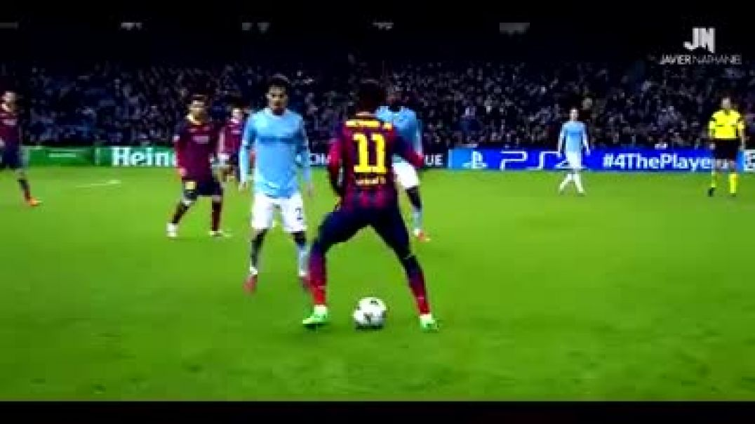 NEYMAR VS RONALDINHO DESTROYING DEFENDERS